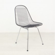 Charles & Ray Eames Wire Chair