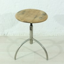 30's working stool