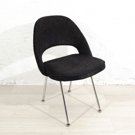 50s chair by Eero Saarinen for Knoll International